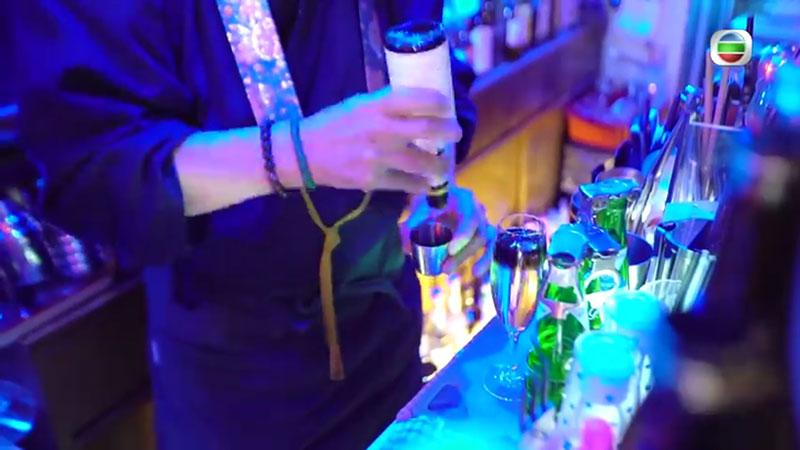無綫《周遊東京》周奕瑋 中野和尚酒吧